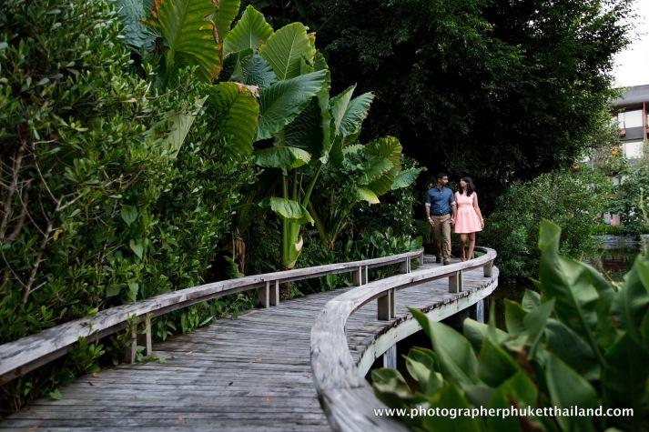 couple photography at mai khao beach,phuket