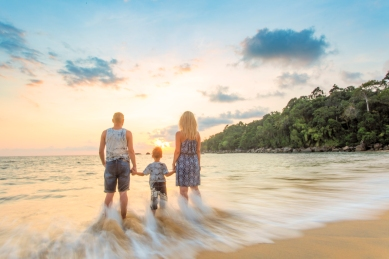 family photoshoot at khaolak phangnga thailand