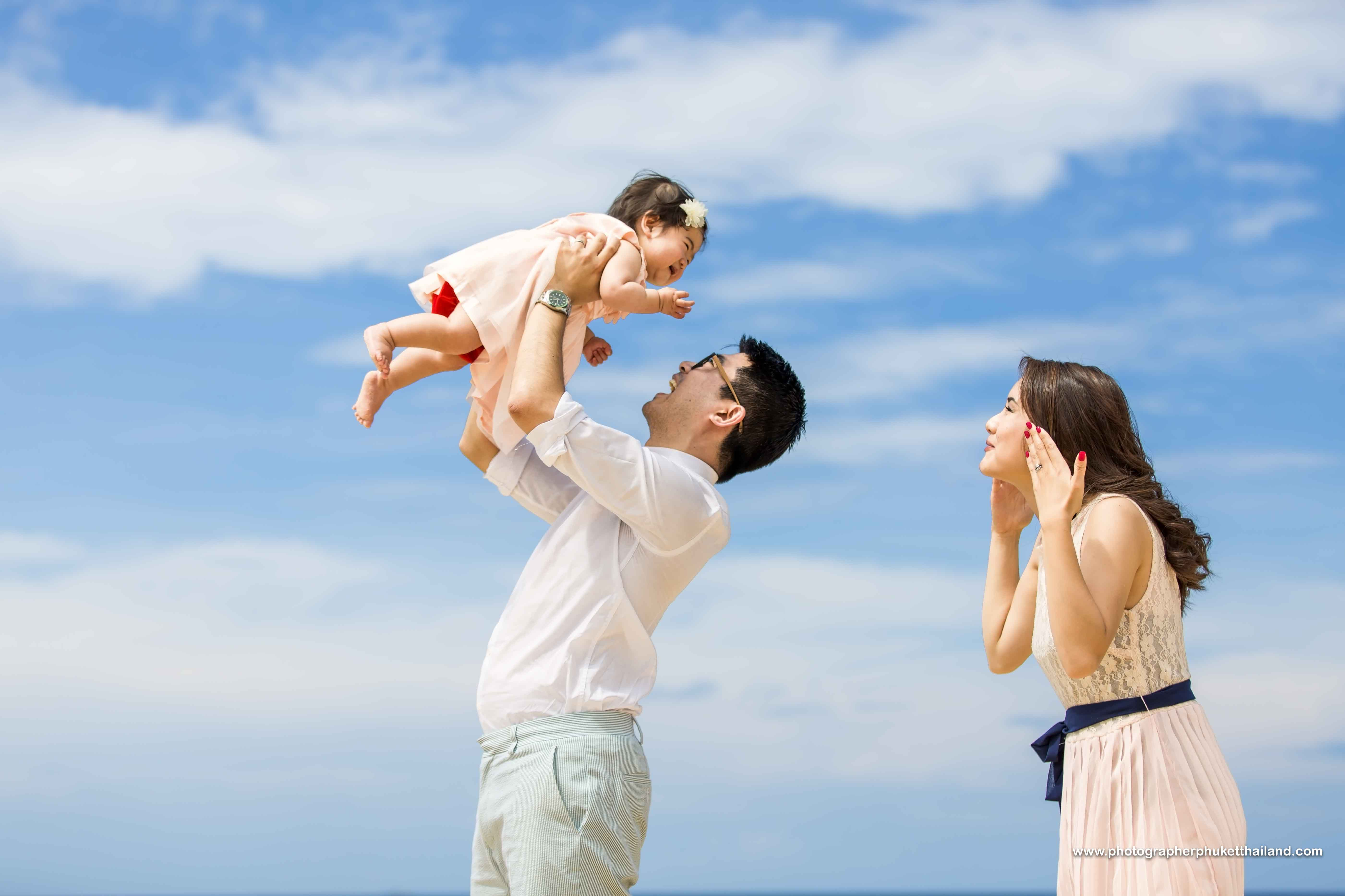 Family photoshoot at centara grand beach,karon , phuket