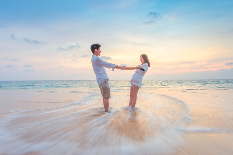 maternity family photo shoot ideas - photographer phuket thailand – professional photographer
