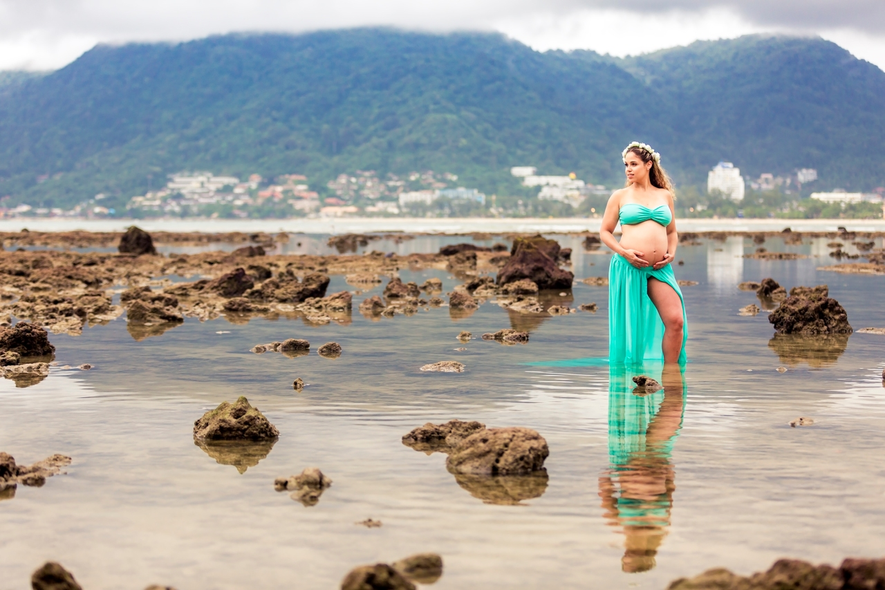maternity photo session at Patong beach Phuket