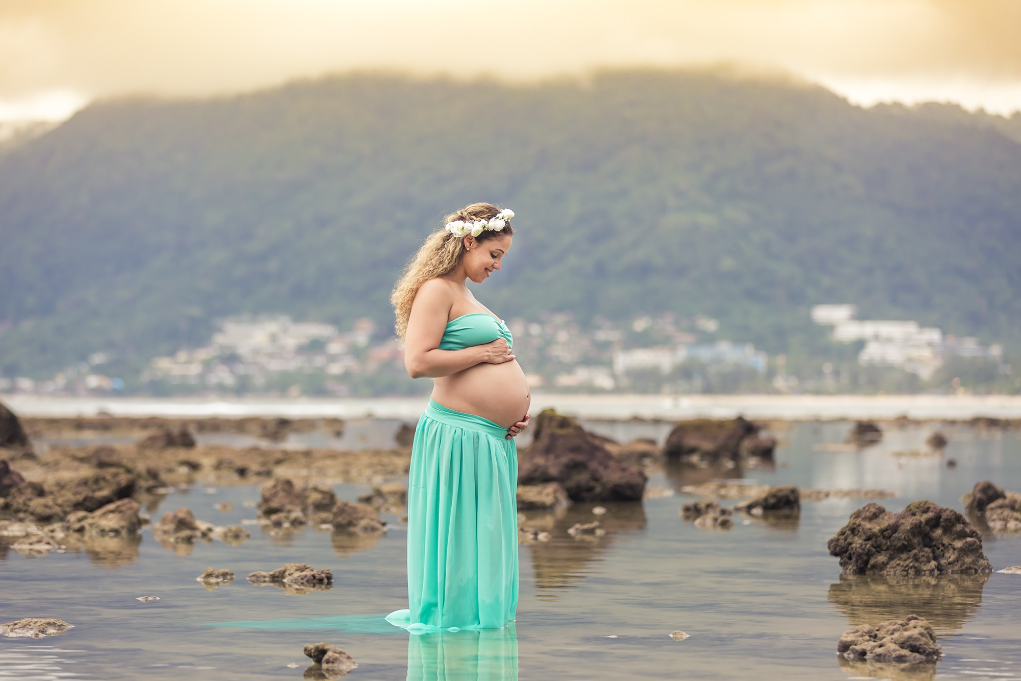 maternity photo session at phuket