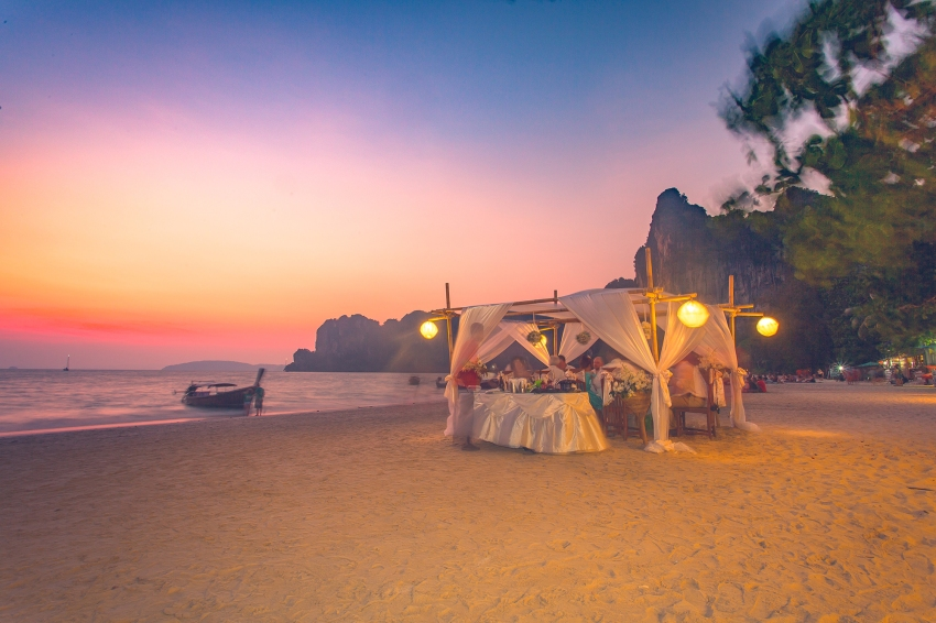 wedding photo session at Railay beach Krabi Thailand