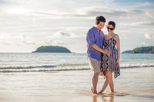 maternity photo session at kata noi beach Phuket Thailand