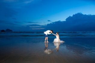POST WEDDING PHOTOGRAPHY AT KRABI THAILAND