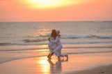 american-marriage-proposal-at-naiyang-beach-044