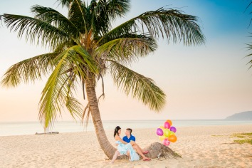 Honeymoon at foto hotel kata beach phuket thailand