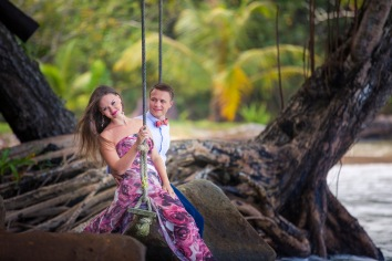 post wedding photo shooting at khao lak