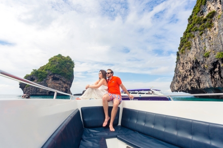 HONEYMOON PHOTOSHOOT AT PHIPHI KRABI Thailand