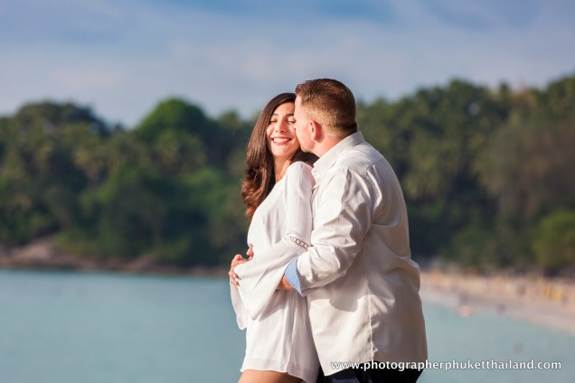 couple-photoshoot-at-surin-beach-phuket-004