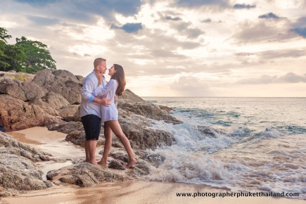 couple-photoshoot-at-surin-beach-phuket-013