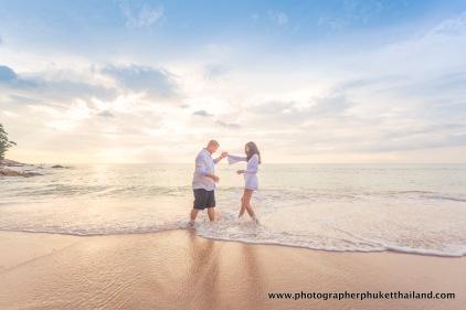 couple-photoshoot-at-surin-beach-phuket-015