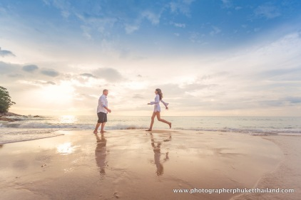 couple-photoshoot-at-surin-beach-phuket-017