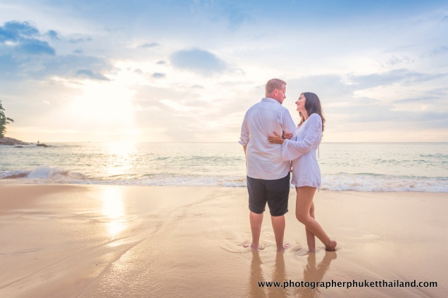 couple-photoshoot-at-surin-beach-phuket-020