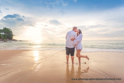 couple-photoshoot-at-surin-beach-phuket-021
