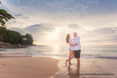 couple-photoshoot-at-surin-beach-phuket-023
