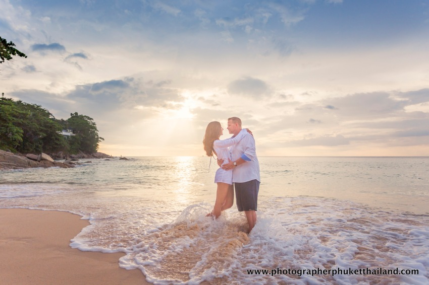 couple-photoshoot-at-surin-beach-phuket-024