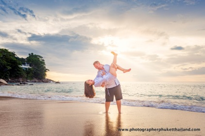 couple-photoshoot-at-surin-beach-phuket-027