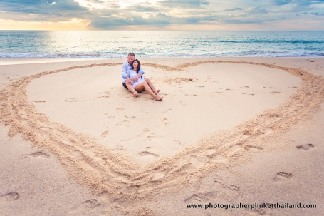 couple-photoshoot-at-surin-beach-phuket-035