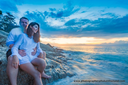 couple-photoshoot-at-surin-beach-phuket