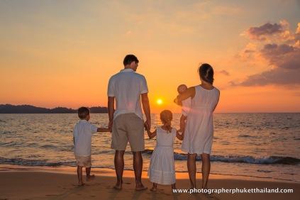 family-photoshoot-at-khao-lak-phang-nga-thailand-019