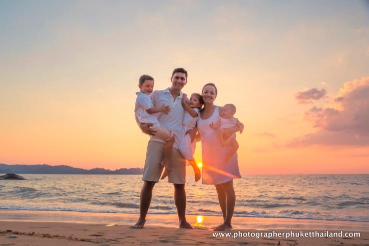 family-photoshoot-at-khao-lak-phang-nga-thailand-022