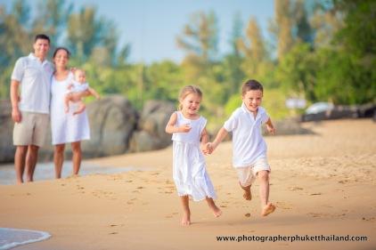 family-photoshoot-at-khao-lak-phang-nga-thailand-038