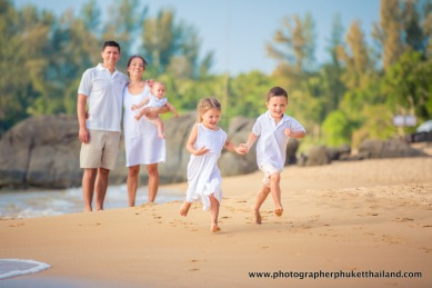 family-photoshoot-at-khao-lak-phang-nga-thailand-039