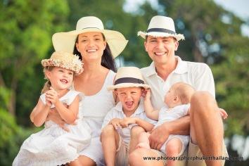 family-photoshoot-at-khao-lak-phang-nga-thailand-071