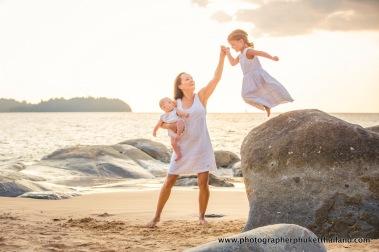family-photoshoot-at-khao-lak-phang-nga-thailand-086