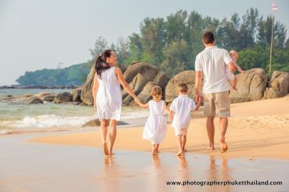 family-photoshoot-at-khao-lak-phang-nga-thailand-095