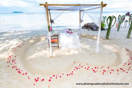 wedding-photo-session-at-phi-phi-island-krabi-thailand-002