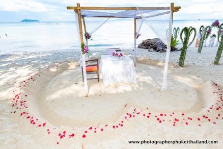 wedding-photo-session-at-phi-phi-island-krabi-thailand-002