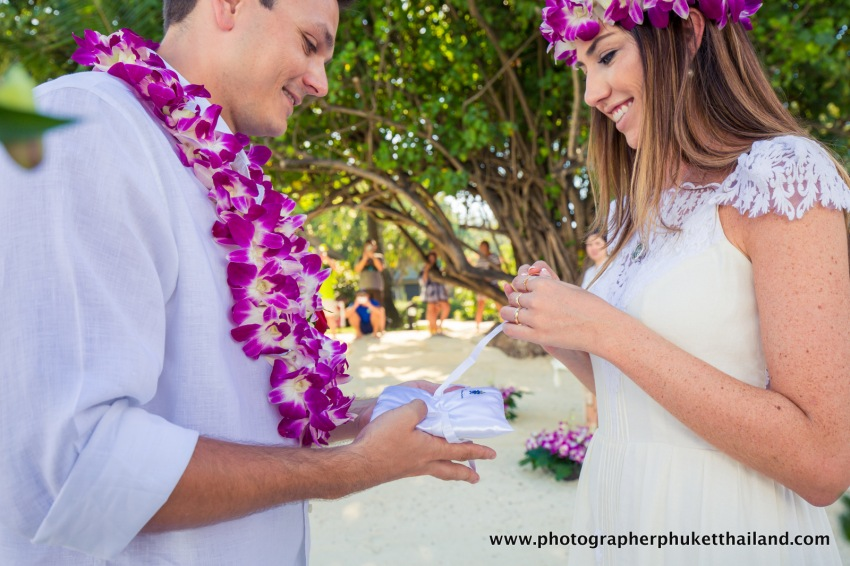 wedding-photo-session-at-phi-phi-island-krabi-thailand-083