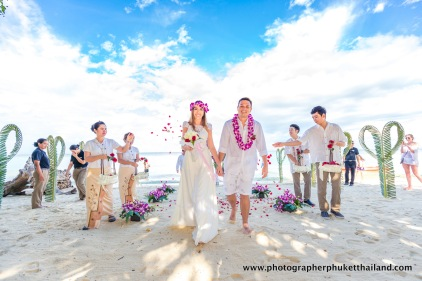 wedding-photo-session-at-phi-phi-island-krabi-thailand-155