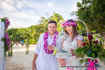 wedding-photo-session-at-phi-phi-island-krabi-thailand-320