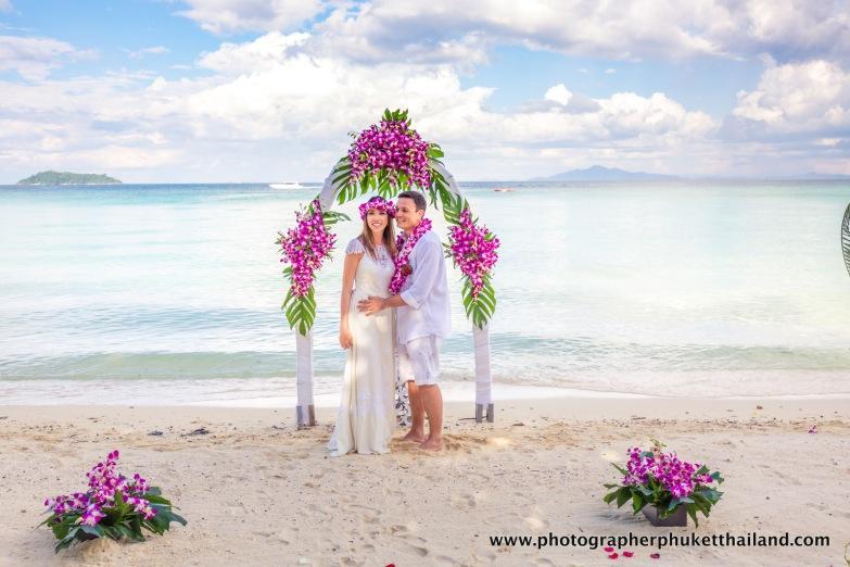 wedding-photo-session-at-phi-phi-island-krabi-thailand-361
