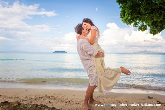 wedding-photo-session-at-phi-phi-island-krabi-thailand-595