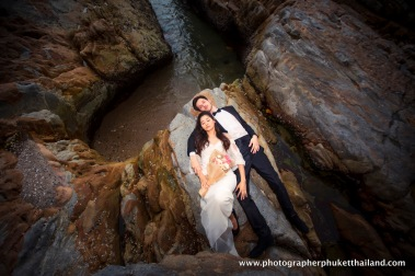 couple photoshoot at kalim beach phuket