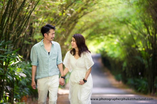 couple photoshoot at the Pavillion phuket