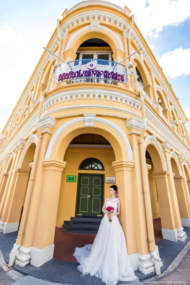 pre wedding photoshoot at oldtown phuket thailand