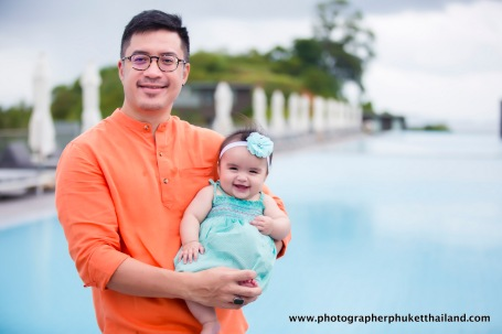family photo session at como point yamu phuket