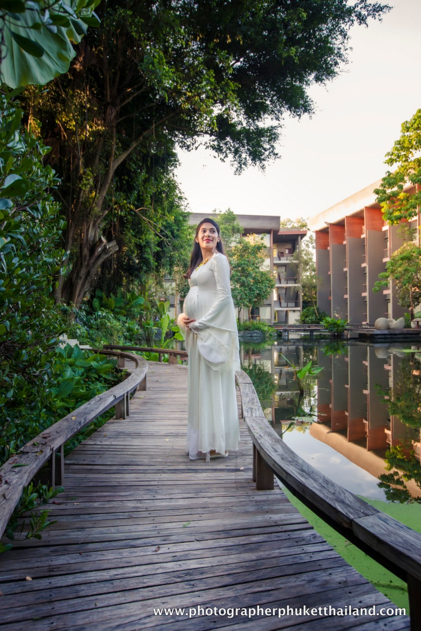 Maternity photography phuket