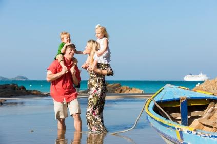 family photoshoot at patong beach