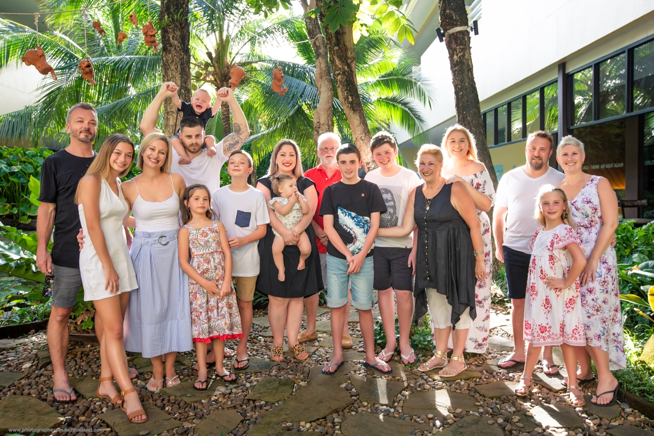 family reunion photoshoot at Phuket Thailand