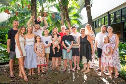 family reunion photoshoot at Phuket Thailand