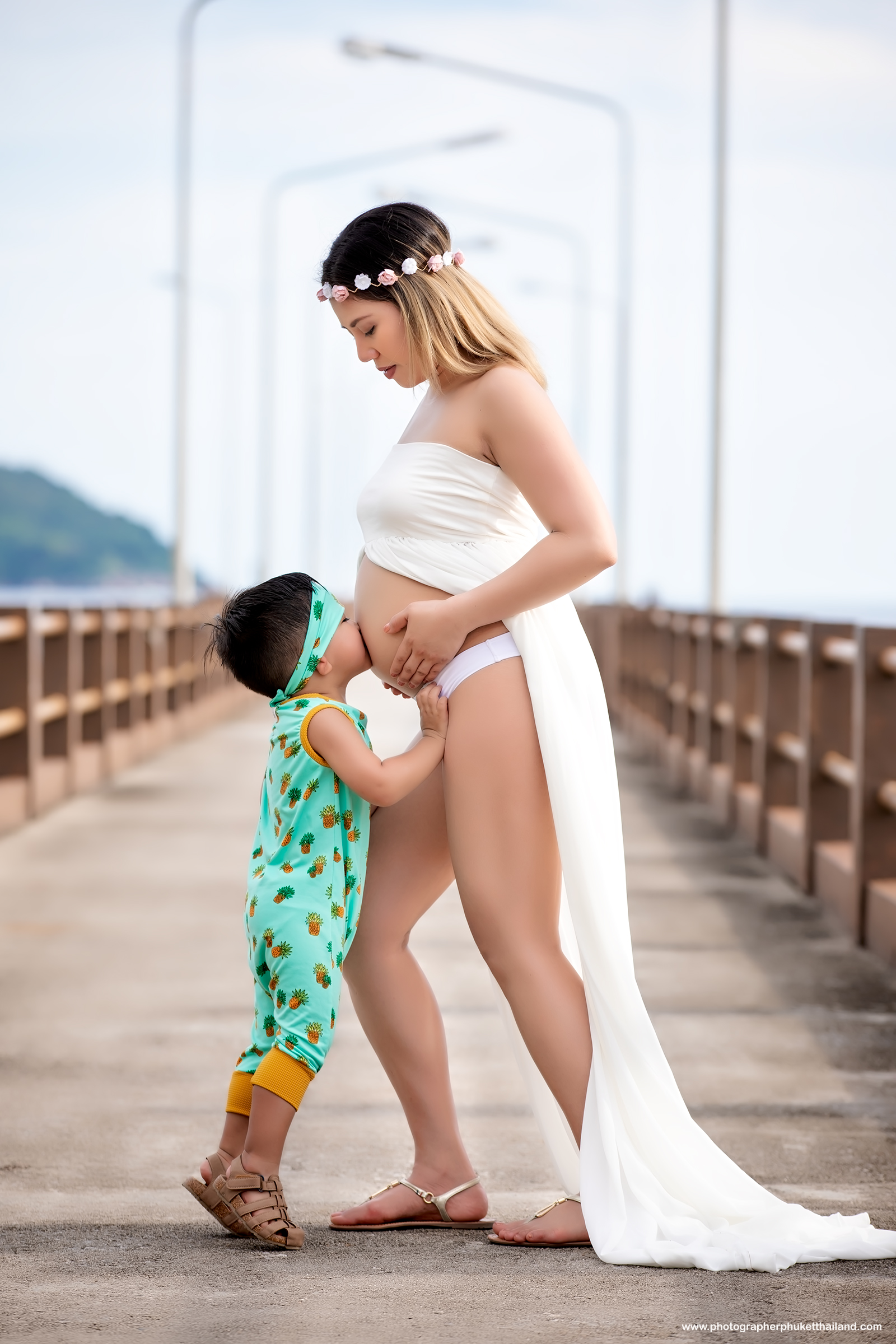phuket maternity photographer