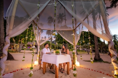 marriage proposal at phi phi island21