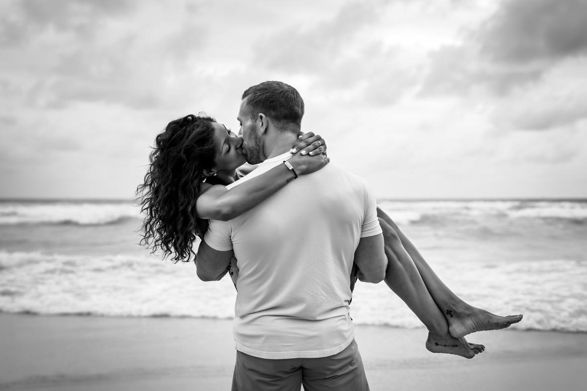 Honeymoon photoshoot by Phuket photographer
