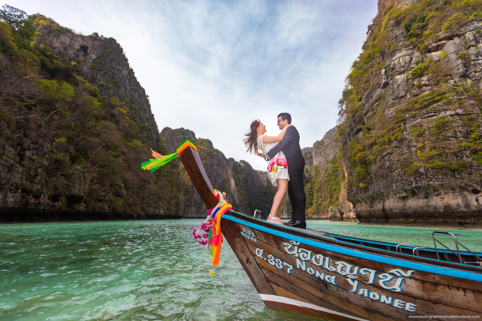 phi phi pre wedding photoshoot by phuket photographer